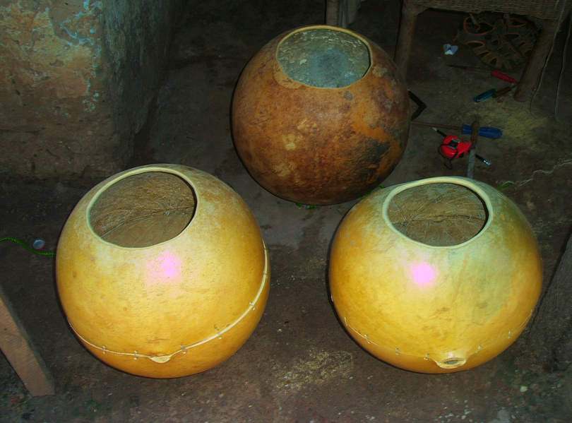 West African music: Making bolons
